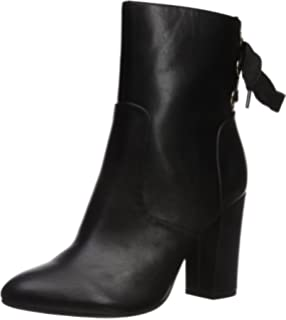 26b19aa75ab8 Amazon.com  Tommy Hilfiger Women s Divah Fashion Boot  Shoes