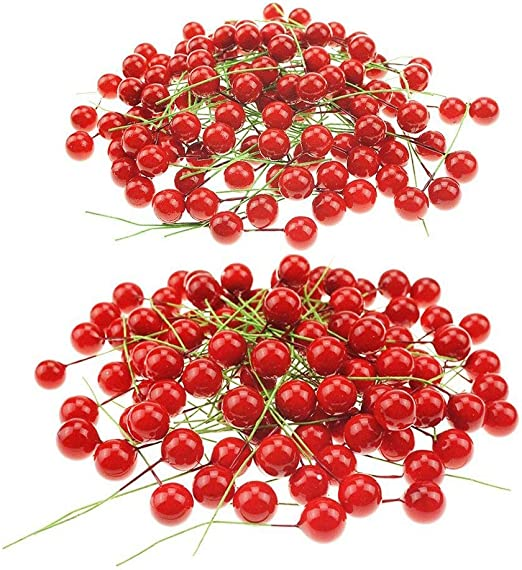 Pack of 6 LNHOMY Lannu Red Artificial Berry Stems Fruit Fake Silk Berries for Holly Christmas Festival Holiday and Home Decor
