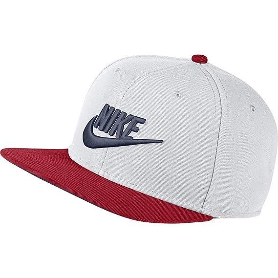sports shoes aa77e fc42d NIKE Mens Pro Futura Snapback Hat White Obsidian University Red   Amazon.co.uk  Clothing