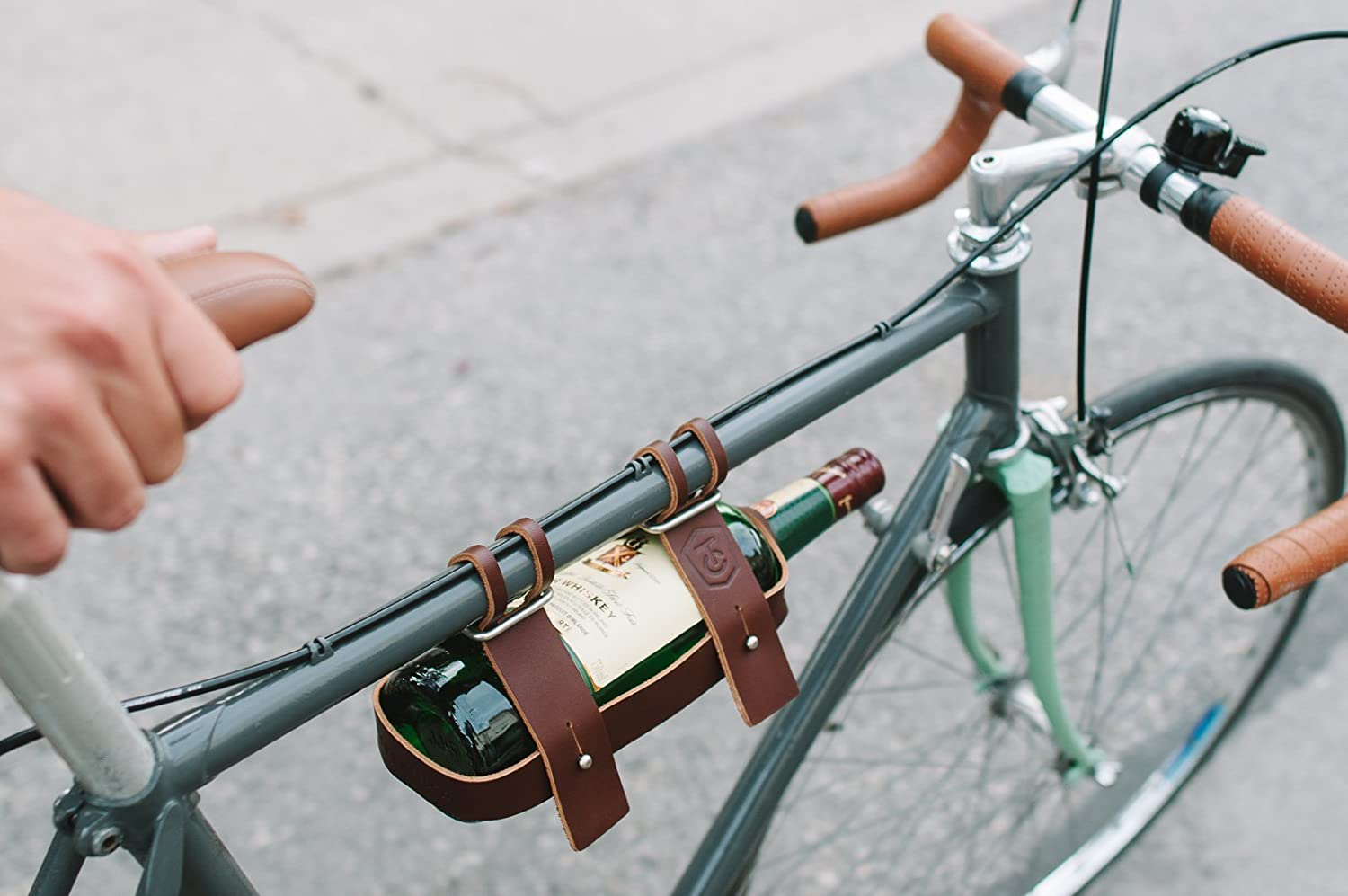Fyxation Leather Bicycle Wine Carrier Brown Sports