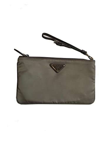 eedc92251154 Amazon.com  Prada Women s Gray Nylon Cosmetic Case Clutch Wristlet 1NH545   Shoes