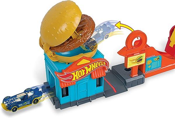 Hot Wheels Downtown Burger Dash Playset for kids