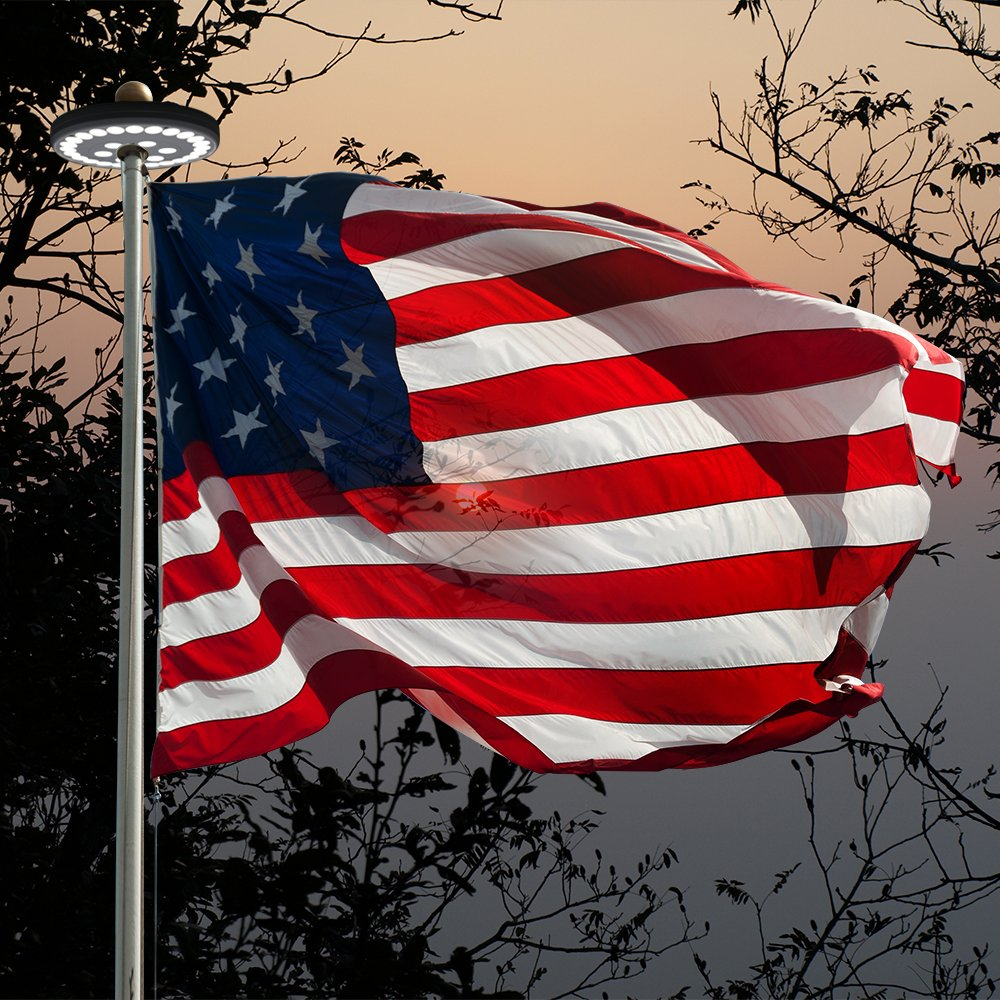 close up of the american flag with grde 30 led flagpole lights