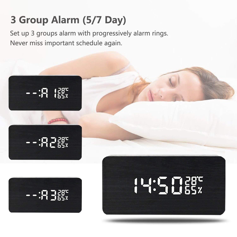 Amazon.com: Reloj despertador digital LED de madera con 3 ...