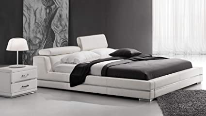 finest selection 141f3 71aac Zuri Furniture Hera White Leather Platform Bed - King