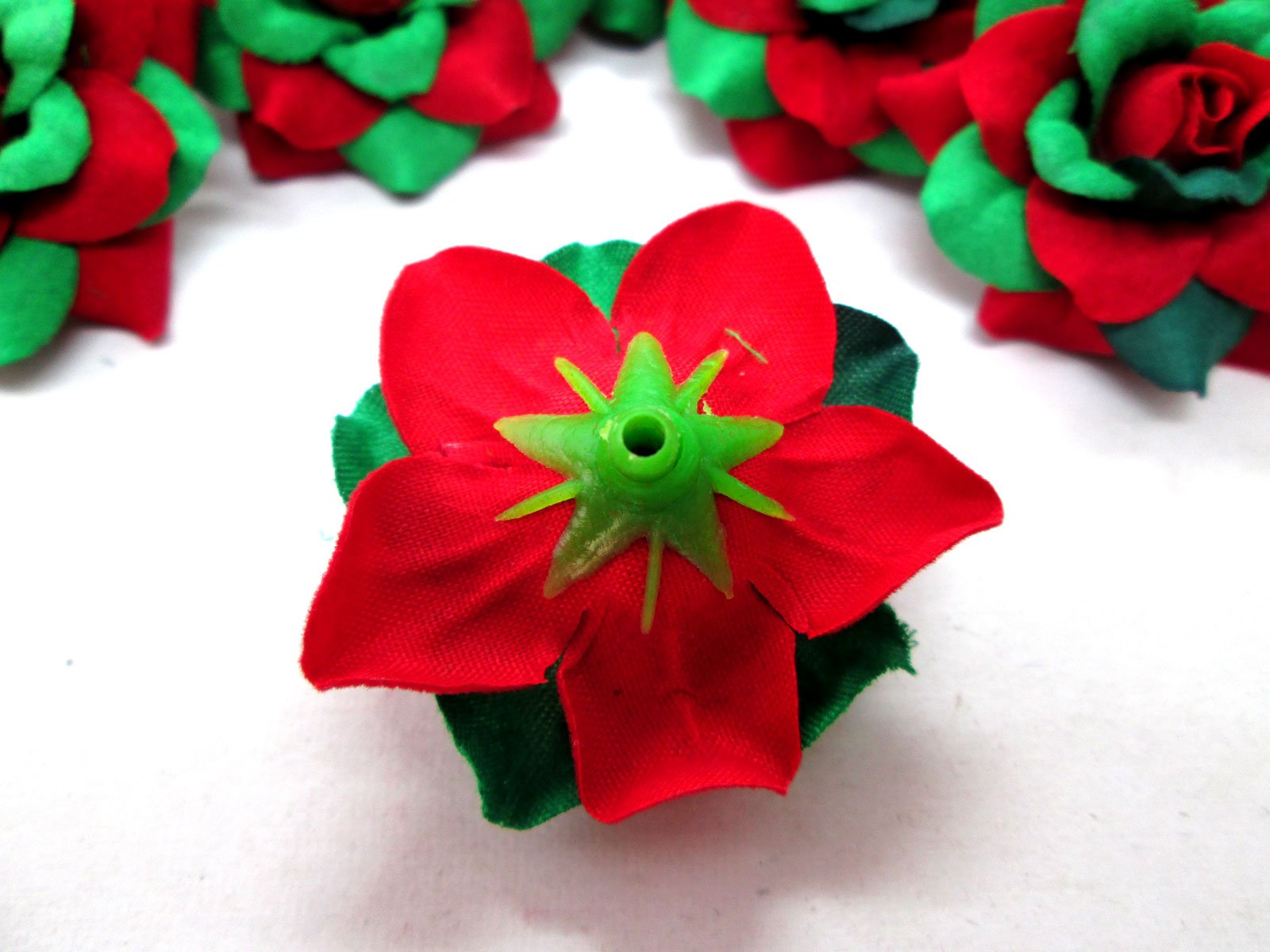 100-Silk-Christmas-Roses-Red-Green-Flower-Heads-175-Artificial-Flowers-Heads-Fabric-Floral-Supplies-Wholesale-Lot-for-Wedding-Flowers-Accessories-Make-Bridal-Hair-Clips-Headbands-Dress
