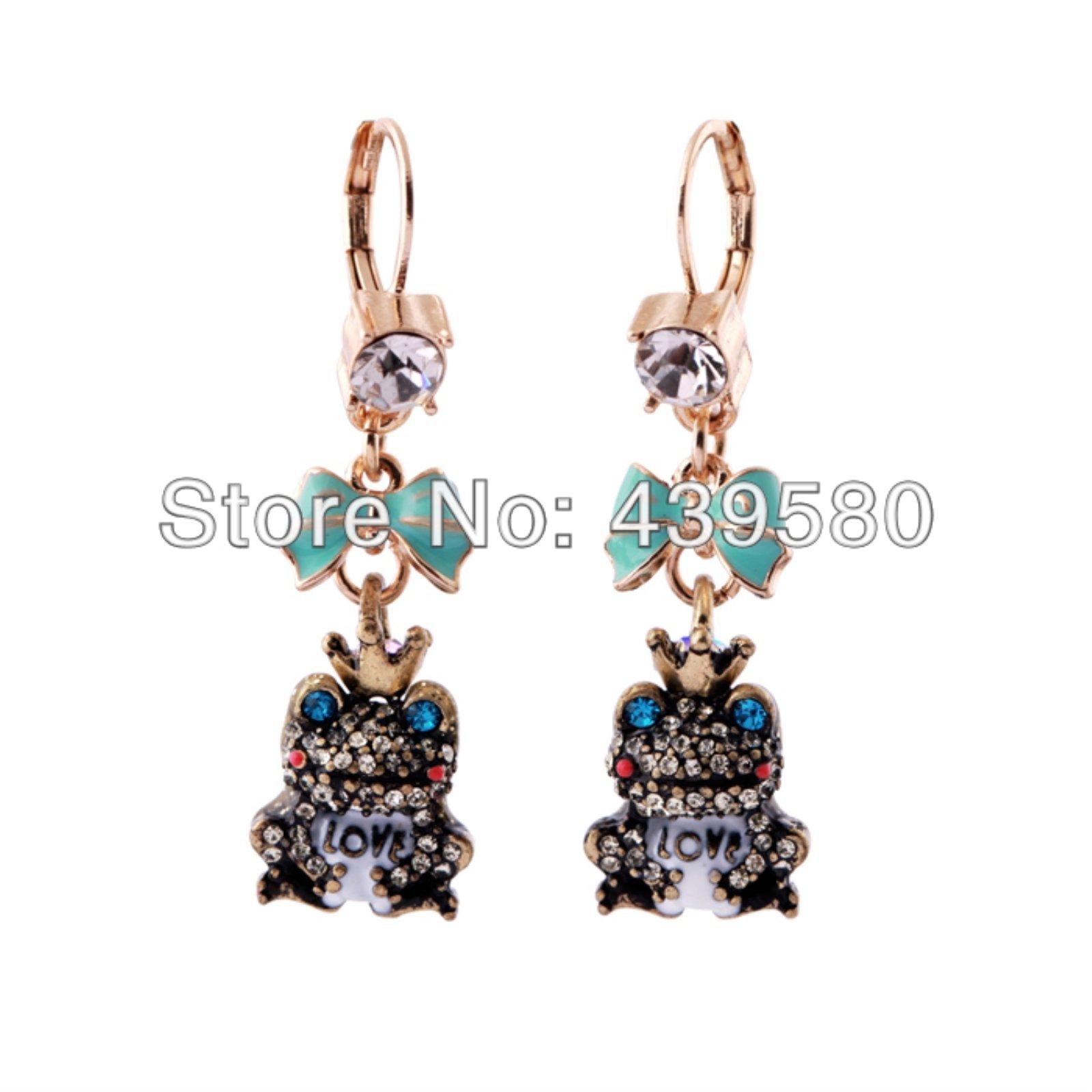 ptk12 Vintage Style Enamel Bow Blue Crystal Frog Earrings Cute Animal Design Women Hanging