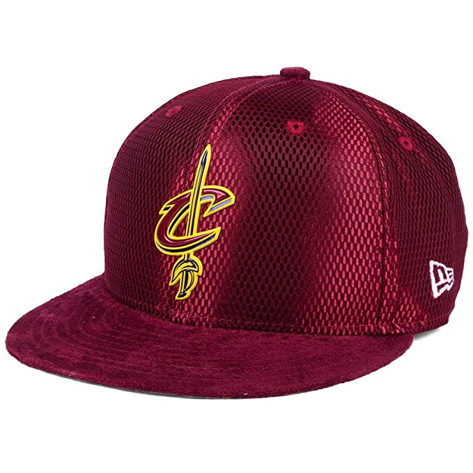 wholesale dealer 13df0 1f3a5 New Era Cleveland Cavaliers 9FIFTY On Court Adjustable Snapback Cap Hat