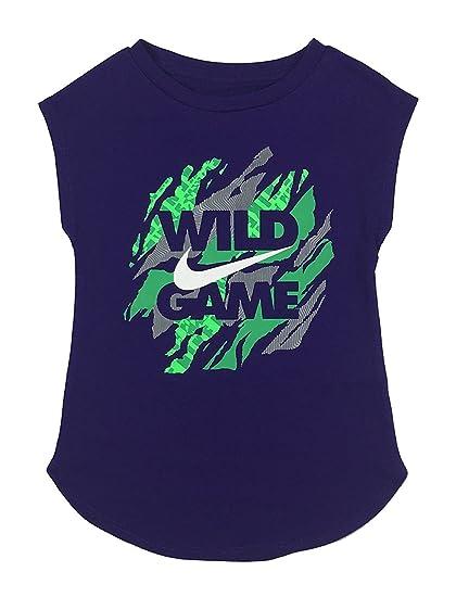 de202936f103c Amazon.com: Nike Girls Wild Game Swoosh T-Shirt 36A896 (4): Clothing