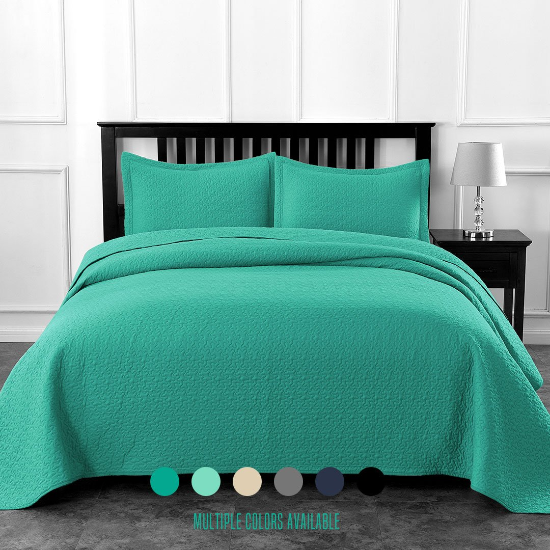 Luxe Bedding Solid Color Lightweight Oversize Cotton Filled Stitch 3-piece Jigsaw Bedspread Coverlet Set (Full/Queen, Turquoise)