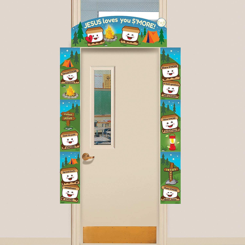 Fun Express - Jesus Loves You Smore Door Border - Party Decor - Door Decor - Door Borders & Curtains - 1 Piece