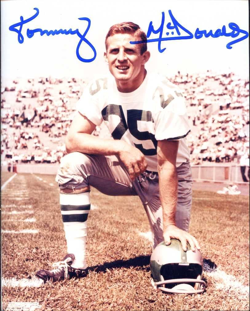 HOF COA Autographed//Original Signed 8x10 Photo Showing Him w//the Philadelphia Eagles Tommy McDonald