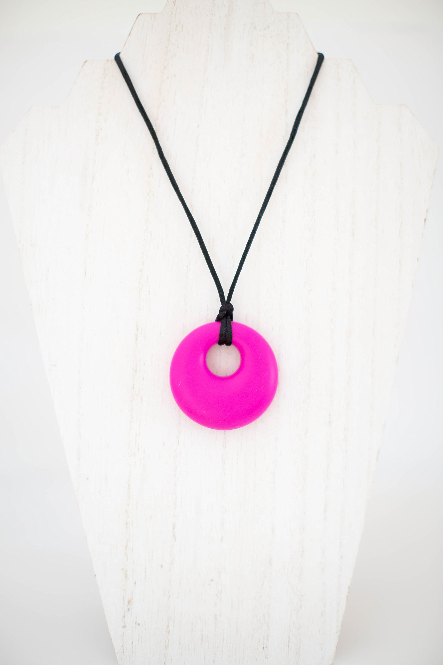 Chewby Chewelry Big Chew Pendant (Fuschia) Silicone Oral Sensory aid Necklace for Boys and Girls