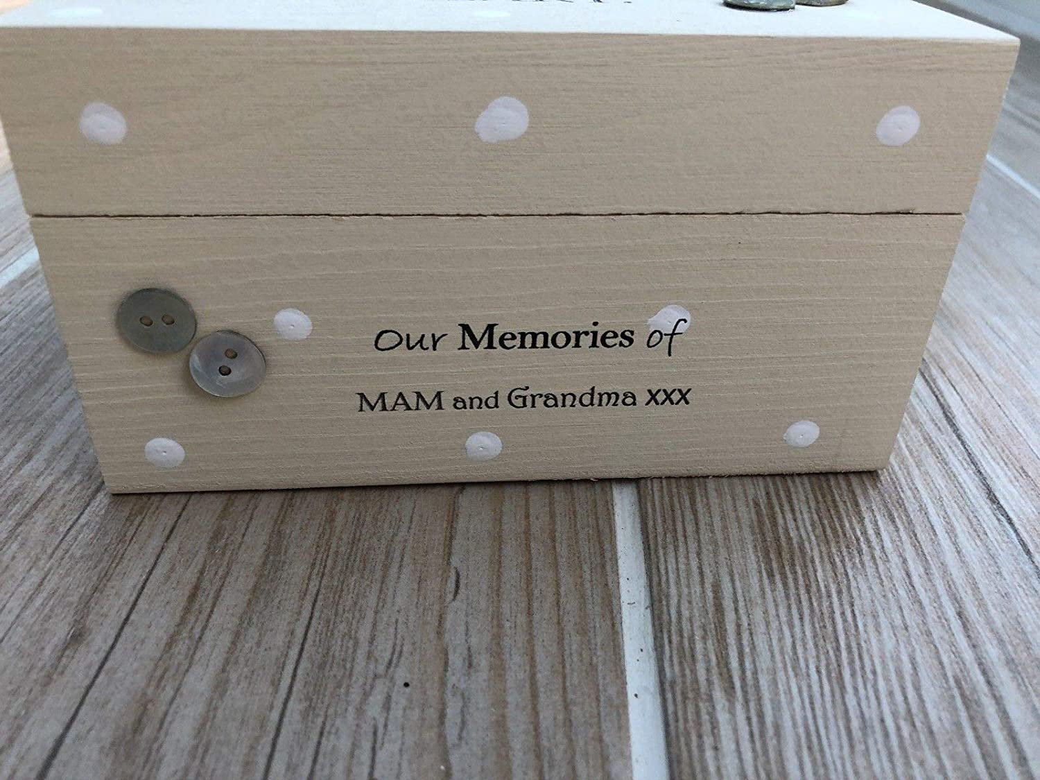 Shabby chic personalised LARGE Memory Box ~ In Memory of Mum ~ Mam ~ Mom ~ Mummy or Dad ~ Grandma ~ Mother ~ Any Name ~ Bereavement Grief