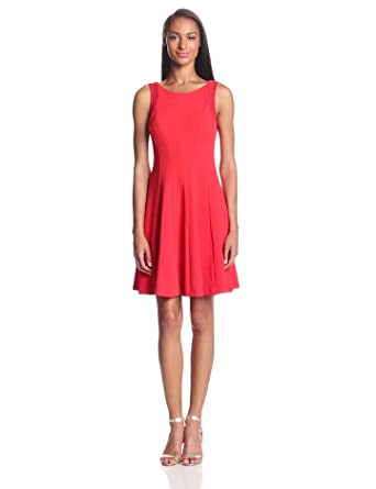Sandra Darren Women's Sleeveless Solid Fit and Flare Dress, Poppy, 6