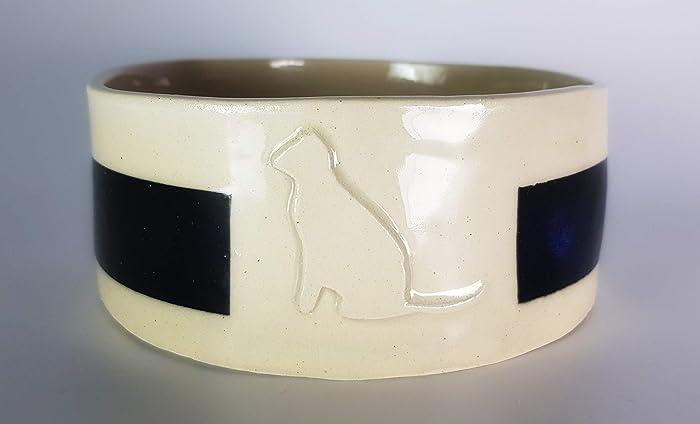 Bebedero o comedero para gatos, cerámica hecha a mano, con relieve