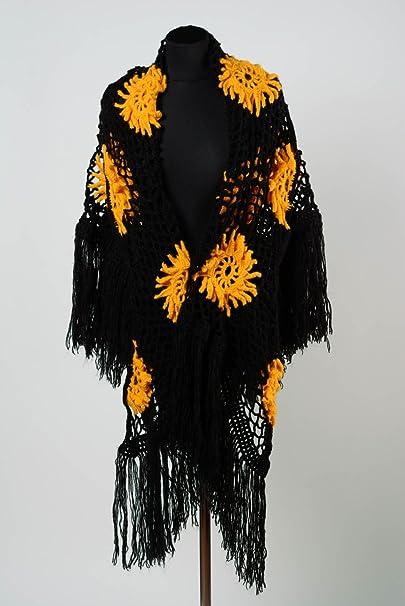Chal De Lana Artesanal Tejido A Dos Agujas De Mujer Negro Con Flores Amarillas: Amazon.es: Ropa y accesorios
