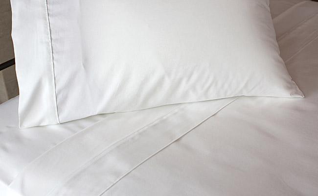 Queen White Sheet Set