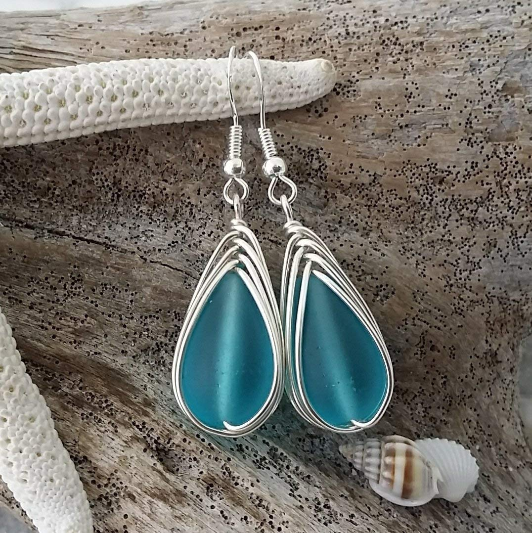Handmade in Hawaii, wire braided turquoise bay blue sea glass earrings,