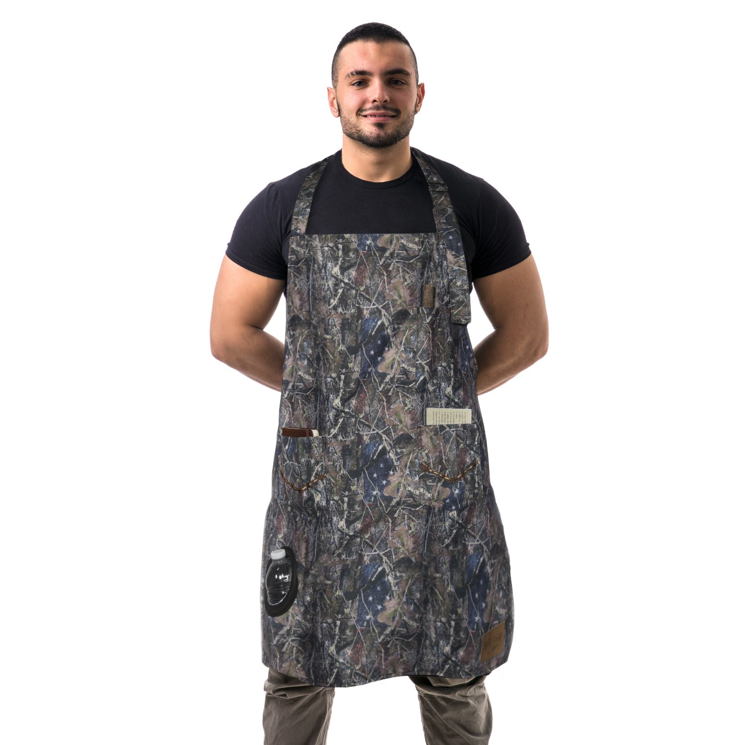 Rock Point True Timber Outdoor Apron with Insulated Beverage Holder, Camoflauge RP658