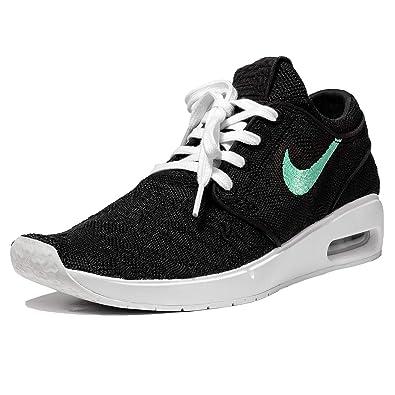quality design f9a96 1ea02 Nike Men s SB Air Max Janoski 2 Skateboarding Shoe (Black Mint-Black,