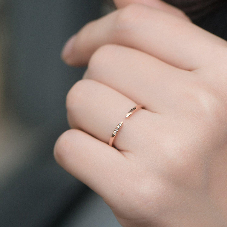 Amazon.com: Lamrowfay 14k Solid Gold Arrows Anniversary Wedding Ring ...