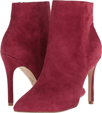 8065f2def6a8 CHARLES BY CHARLES DAVID Women s Delicious Scarlet Suede 5 M ...