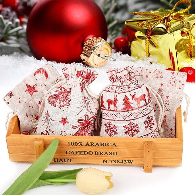 FLOFIA 24pz Sacchetti Stoffa Natalizi 10x14cm Sacchetti Iuta Natale per Regalo Gioielli Confetti Sacchettini con Coulisse Portaconfetti Sacchetti Natalizi Stoffa per Bomboniere Festa Natale 4 Modelli