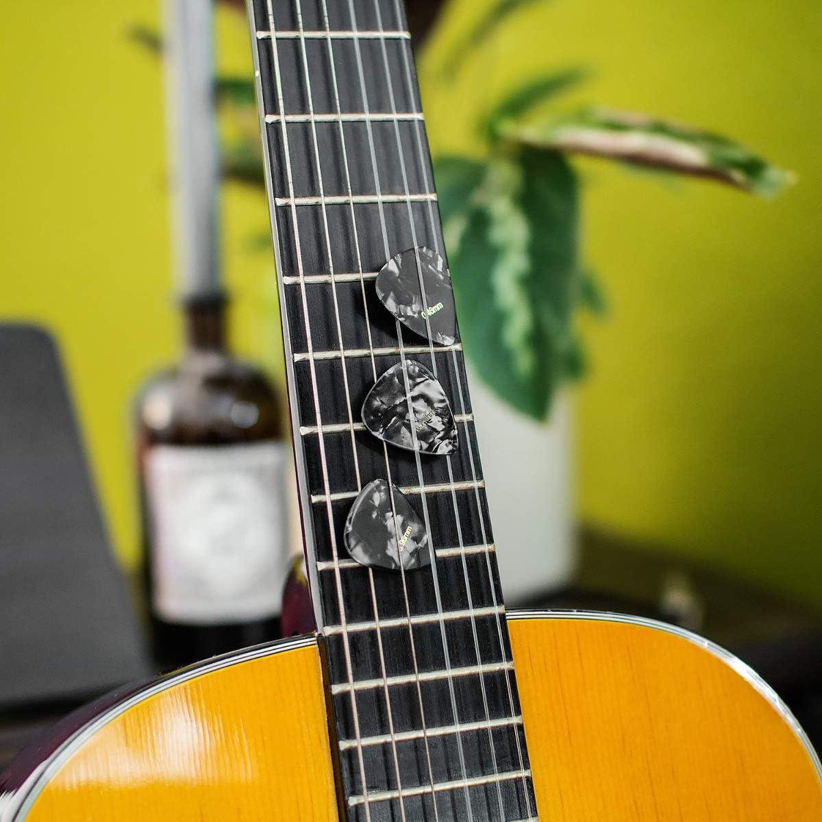 kwmobile Enrollador de cuerdas para guitarra con púas incluidas ...