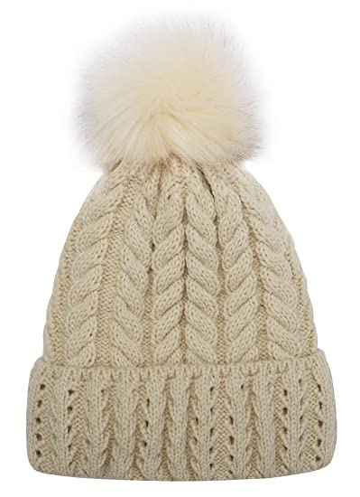 b80714eda37 Women Knit Hat Winter Beanie with PomPom Slouchy Hats Skull Cap Thick  Fleece Lining(Beige