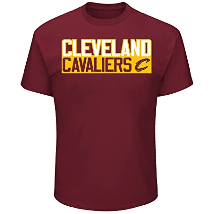 a62f2797284 Cleveland Cavaliers Isaiah Thomas Vertical Player T-Shirt Red (Small)