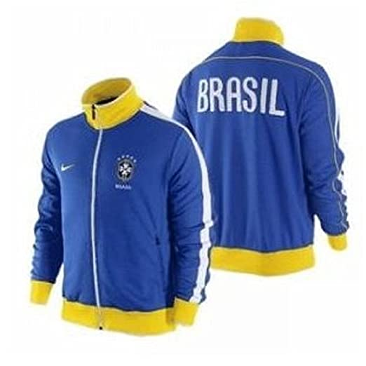 a6686ce9bb7e Amazon.com  Nike Brasil Brazil Men s N98 Jacket  Sports   Outdoors