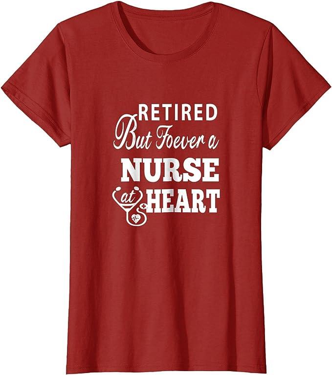 Jubilado enfermera en corazón T Shirt – Regalos para camisas camiseta de enfermera: Amazon.es: Ropa y accesorios