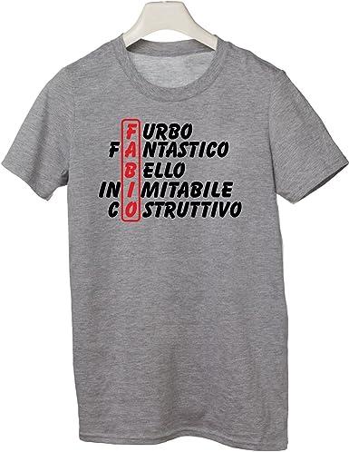 Tutte Le Taglie Idea Regalo Tshirt Compleanno con Nome Fabio e Aggettivi Simpatici