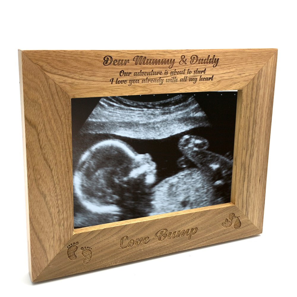 ukgiftstoreonline New Baby Pregnancy Scan Photo Frame Mummy And Daddy Wooden Photo Frame Gift (4 x 6 Inch)