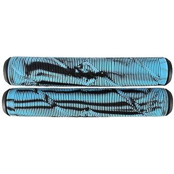 Striker Scooter Freestyle Puños (Black/Light Blue): Amazon ...
