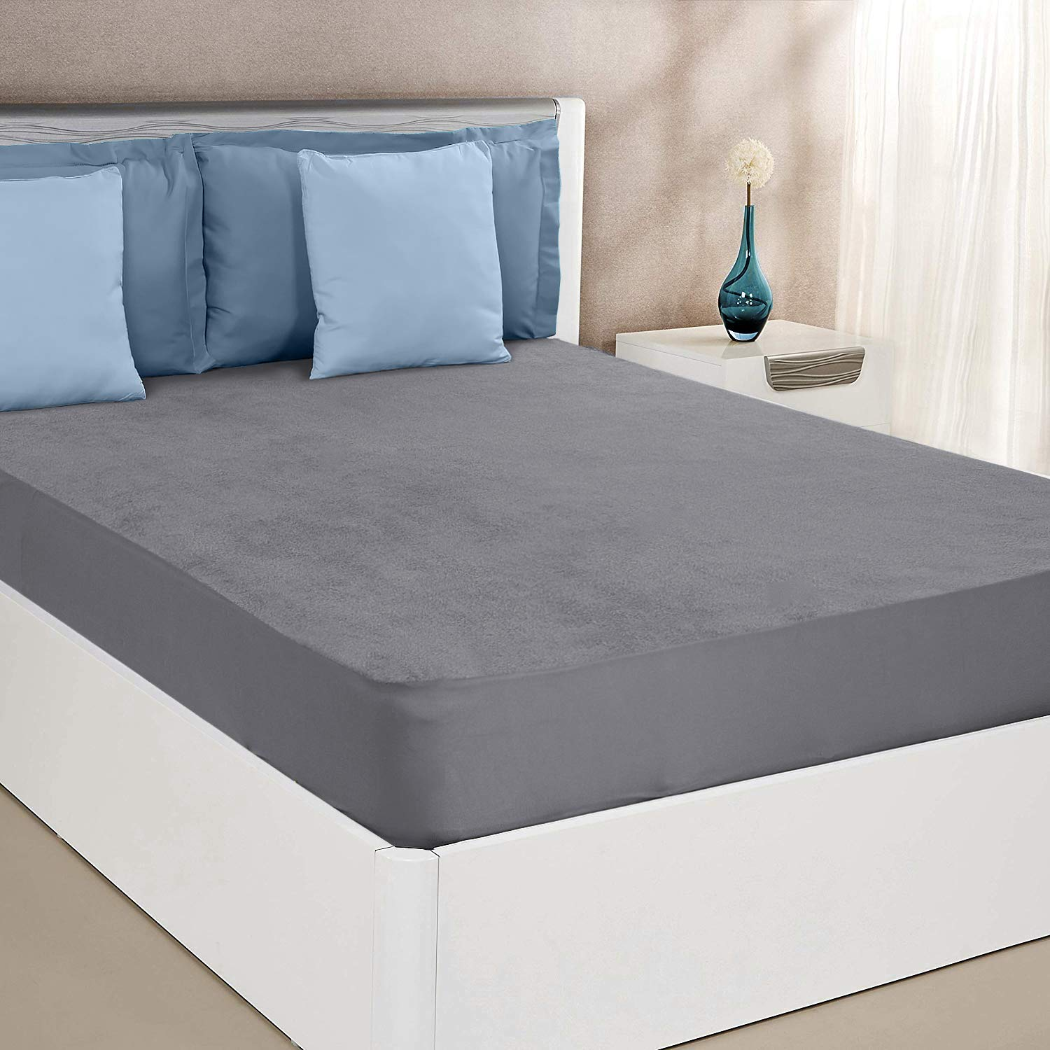 Amazon Brand - Solimo Water Resistant Cotton Mattress Protector 72