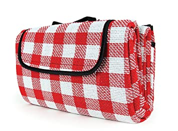 Camco 42803 Picnic Blanket 51 Inch X 59 Inch Red White