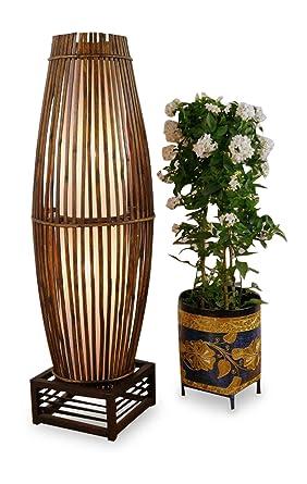 Asia Wohnstudio Stehlampe Aus Bambus U Rattan Auf Holzgestell