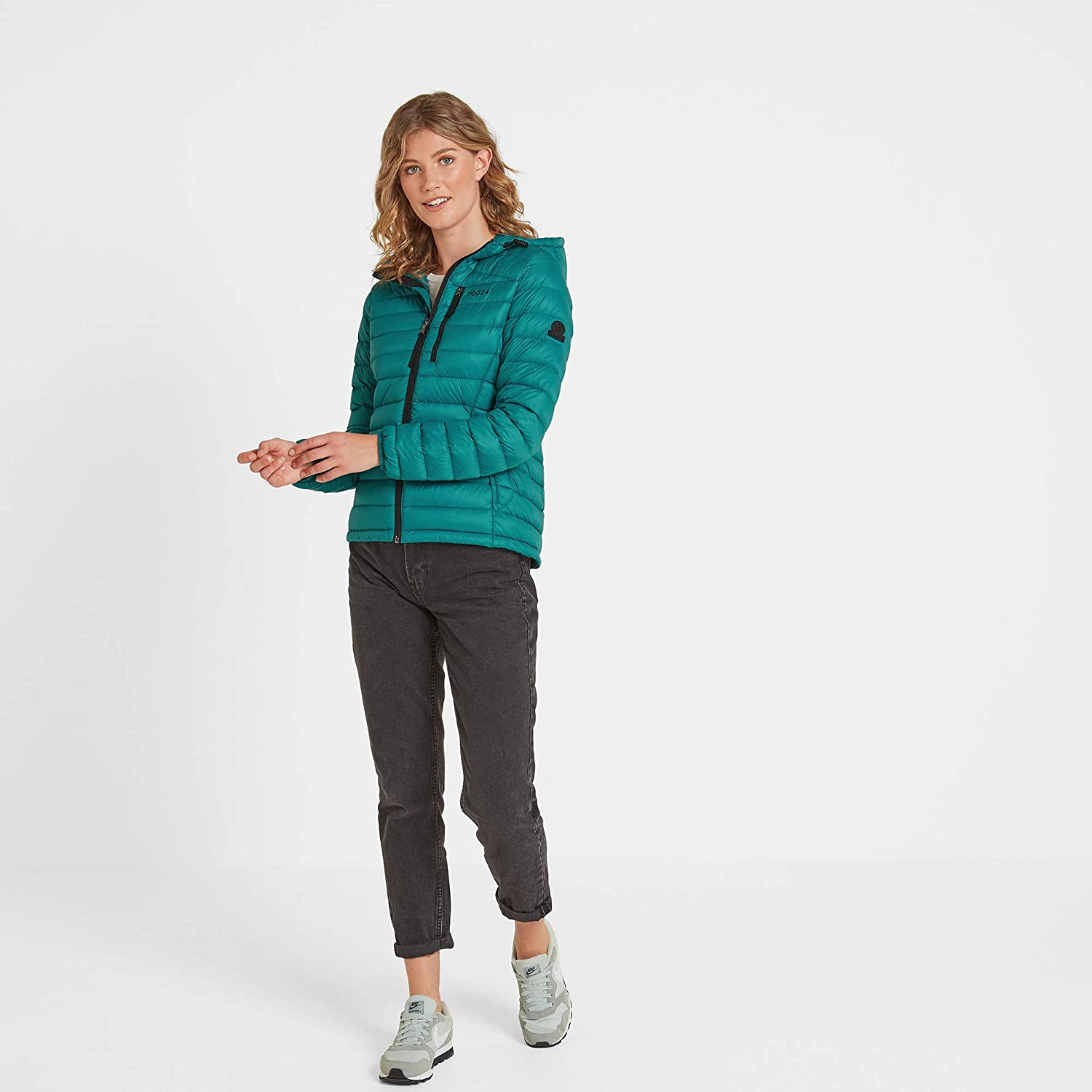 Breathable Ultra Warm 90/% Duck Down 800 Fill Power 10/% Feather Filling Packable Design TOG 24 Drax Womens Lightweight Hooded Down Jacket Bulk Free Casual Outer or Mid Layer Coat Multiple Pockets