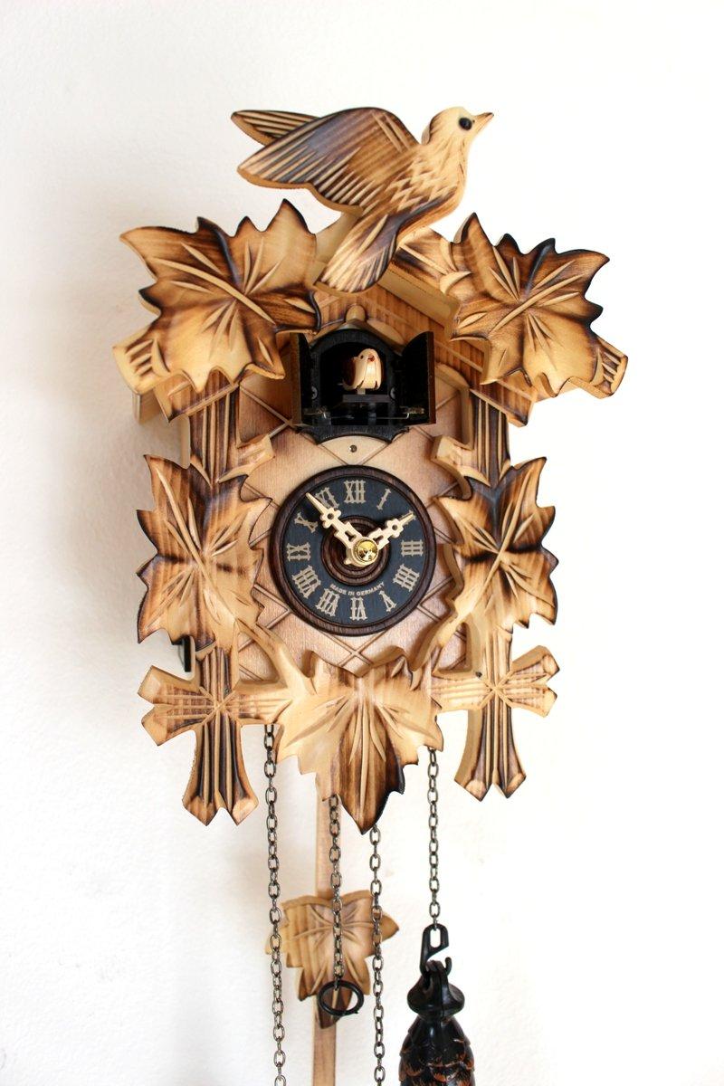 Mottled Carved Quartz Cuckoo Clock 5leaves bird black forest Engstler