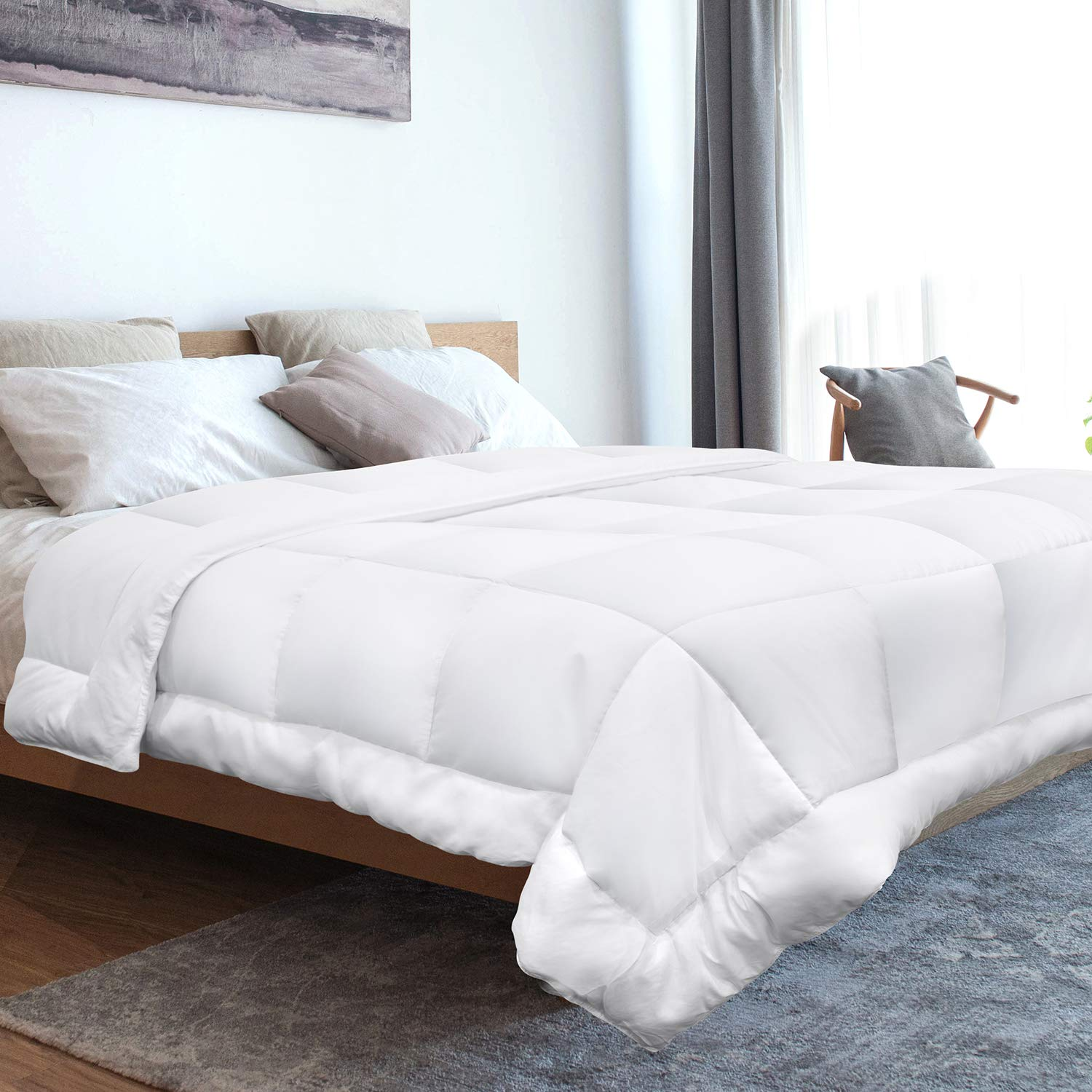 Adoric Queen Size Down Alternative Quilted Comforter, Microfiber 230T Fiberfill Comforter Hypoallergenic Soft for Human Skin, Dust Mite Resistant and Comfortable (White, Queen)