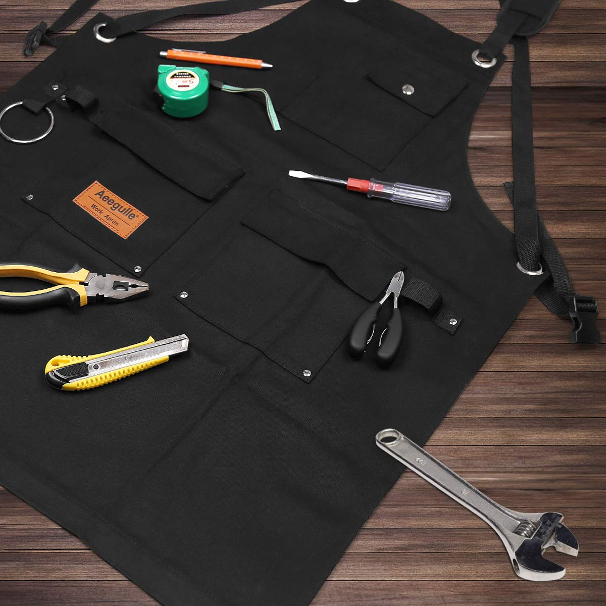 Aeegulle Work Apron, Heavy Duty Waxed Canvas Tool Apron (With work gloves), 6 Pockets, Thick shoulder pad, Quick Release Buckle, Cross-Back Straps Adjustable M to XXL, Apron for Men & Women(black) by Aeegulle (Image #6)