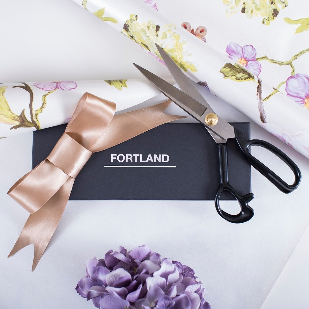 Tailor Scissors Stainless Steel 10Inch.Industrial Heavy Duty Sewing Shears for Fabric,Tailoring,Office,Crafting.Free Thread Snips+Measuring Tape.Professional RightHanded Cutting Tools for Multipurpose by Fortland (Image #6)