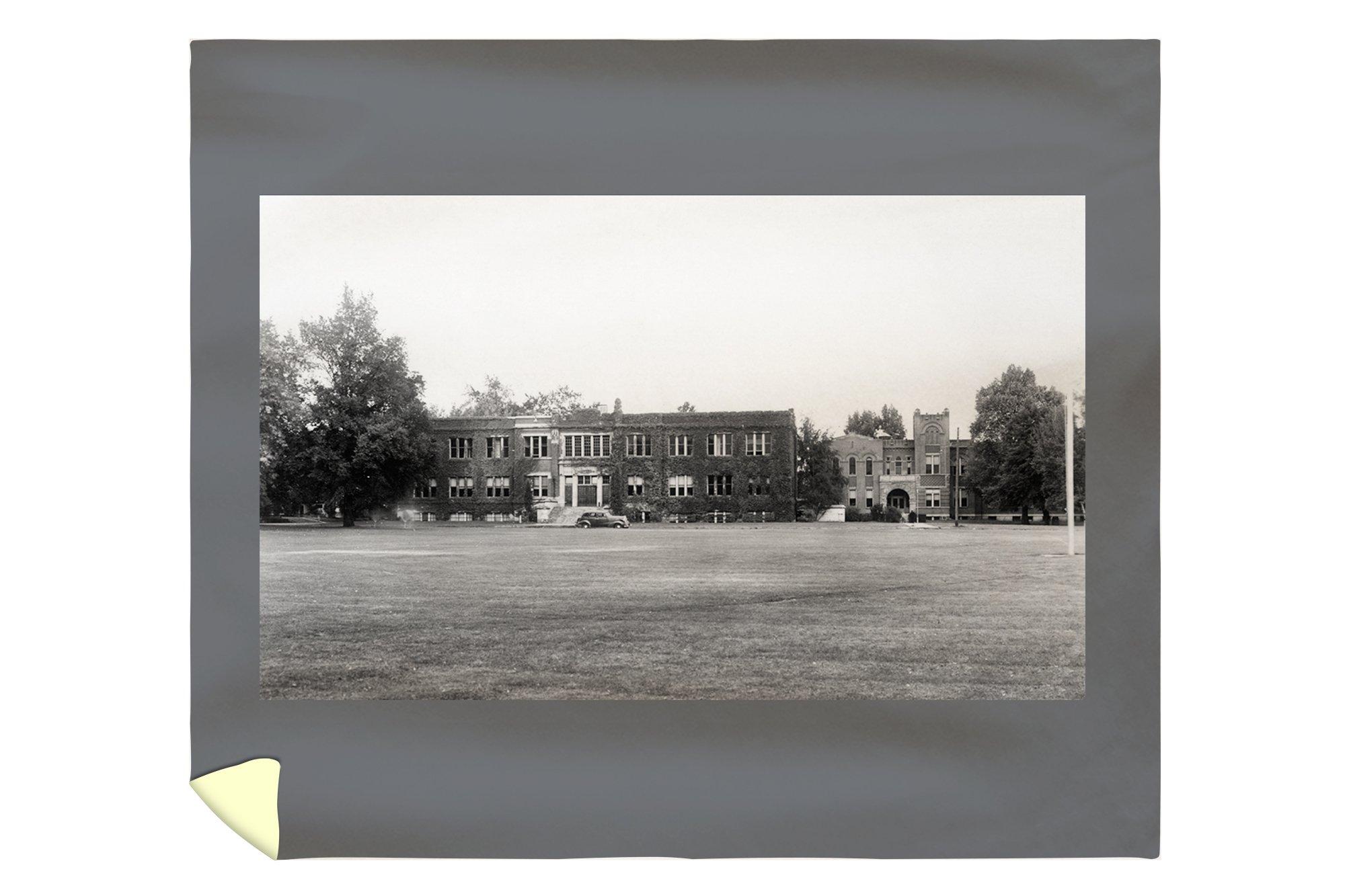 Lewiston, Idaho - Exterior View of Northern ID Teachers College (88x104 King Microfiber Duvet Cover)