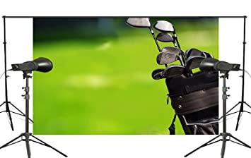 Verde césped fondo de palos de golf muro de fondo para ...