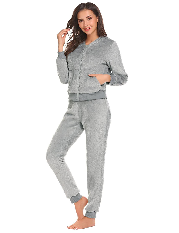 00afdfb3f etuoji Women Nightwear Fleece Hooded Long Sleeve 2 Piece Pajamas Set Winter  Thermal Loung Wear at Amazon Women's Clothing store:
