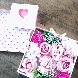 Amazon ソープフラワー 母の日 枯れない花 フラワーボックス 創意方形ギフトボックス ホワイトデー 敬老日 記念日 お祝い花束 ピンク 香水 造花 オンライン通販