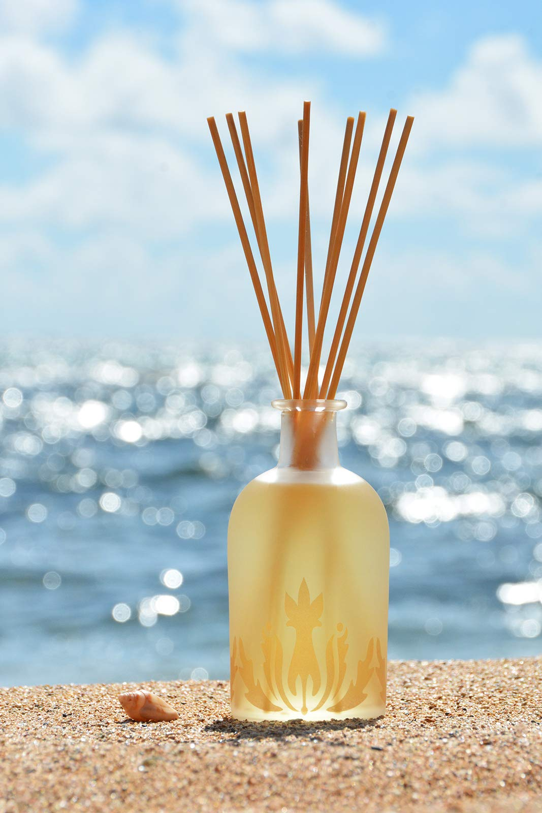 Malie Island Ambiance Reed Diffuser - Plumeria by Malie (Image #3)