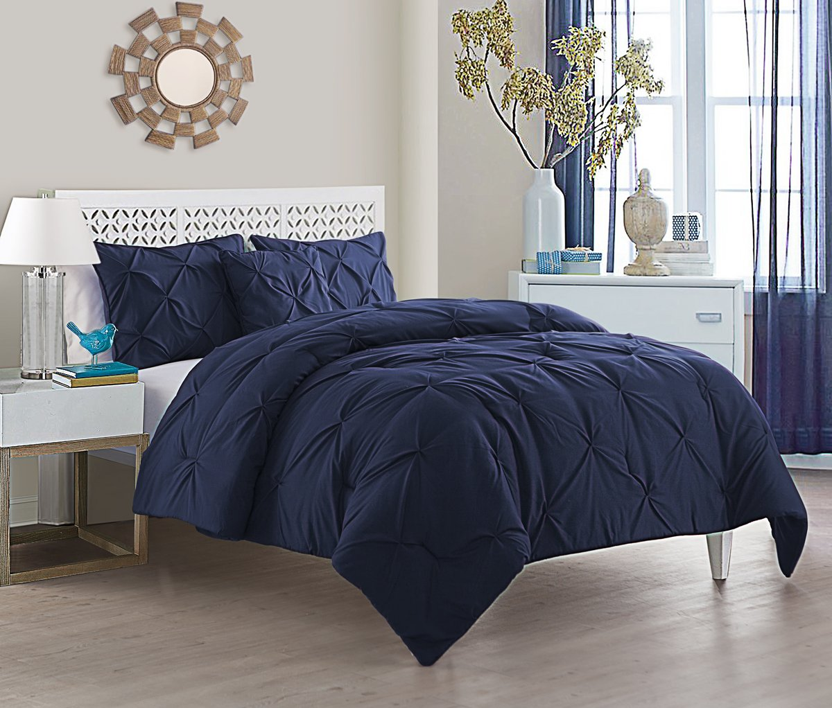 "VCNY Home Carmen 4PC Down Alternative Comforter Set Queen 90"" x 90"" Navy"